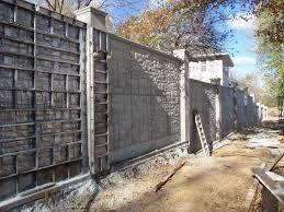 Masszív betonkerítés